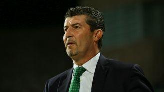 José Manuel de la Torre en un partido entre Santos y Juárez