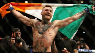 Conor McGregor celebrando una victoria