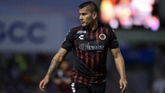 Carlos Salcido durante un partido del Veracruz