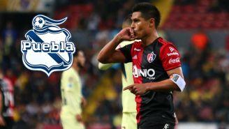 Osvaldo Martínez festeja un gol con el Atlas