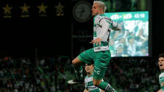 Raúl Rivero celebrando el gol de la victoria en el TSM Corona
