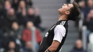 Dybala, en lamento en un partido de Juventus