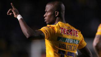 Enner Valencia en partido con Tigres