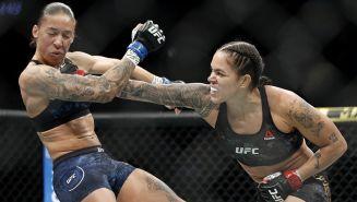Amanda Nunes propina un golpe a Germaine de Randamie