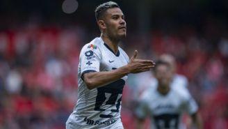Pablo Barrera en acción con Pumas