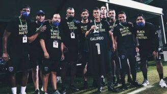 VIDEO: Matías Almeyda y jugadores del SJ Earthquakes saludaron a Benjamín Galindo