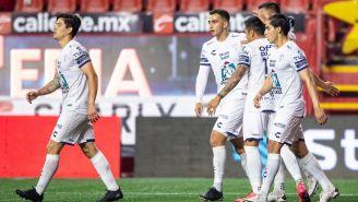 Jugadores de Pachuca celebrando un gol
