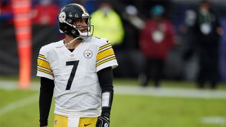 Ben Roethlisberger en un partido con Steelers