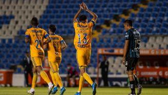 Diego Reyes festeja el gol del triunfo