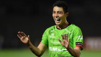 Francisco Contreras celebrando un gol con Juárez