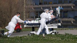 Personal médico contra el Covid-19 en Francia