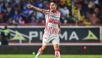 Alejandro Zendejas en partido con Necaxa