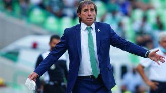 Guillermo Almada, molesto en juego de los Guerreros
