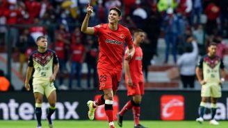 Ortega festeja uno de sus goles
