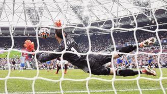 De Gea detiene penalti tras cinco años durante juego del United