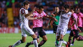 Los jugadores de Querétaro y Xolos