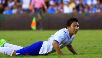 César Villaluz en un partido de Cruz Azul