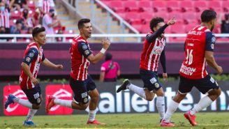 Chivas: Venció a Toluca con goles en tiempo de compensación