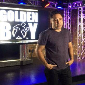 Oscar de la Hoya en una presentación para la tv