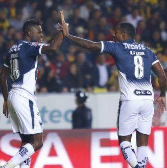 Avilés y Pabón festejan gol de Monterrey frente a Monarcas