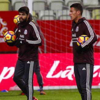 Jugadores de la Selección Mexicana en una concentración