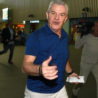 Aguirre, en el aeropuerto de la CDMX