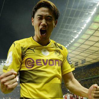 Shinji Kagawa celebra anotación con el Borussia Dortmund