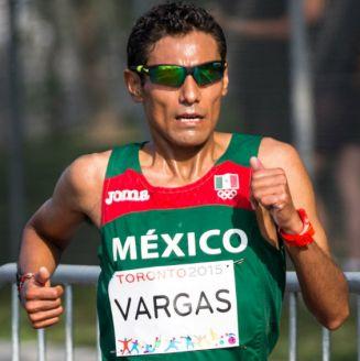 Daniel Vargas durante maratón de Toronto