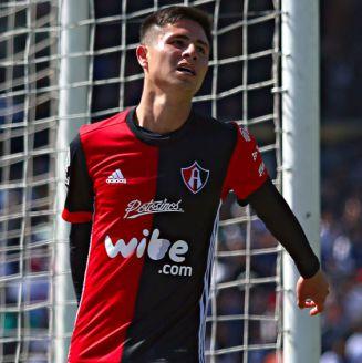 Brayan Garnica, en lamento durante el partido contra Pumas