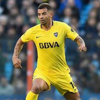 Cardona, durante un juego con Boca Juniors