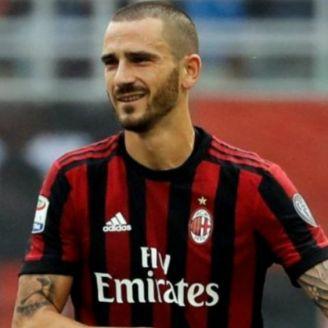 Leonardo Bonucci durante un partido con el Milan