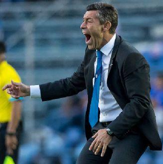 Caixinha grita durante el juego contra Puebla