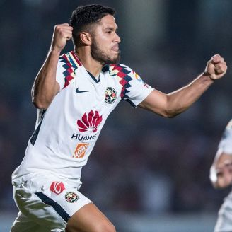 Bruno Valdéz celebra el gol del empate contra Veracruz