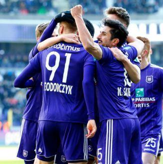 Anderlecht festeja triunfo sobre Royal Mouscron