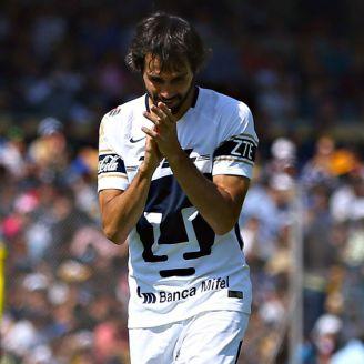 Alejandro Arribas, lamentándose en un partido con los Pumas