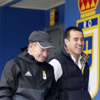Del Olmo camina por las instalaciones del Oviedo