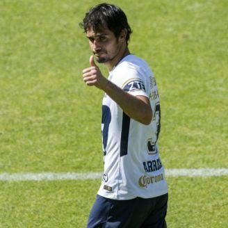 Alejandro Arribas saluda a la afición