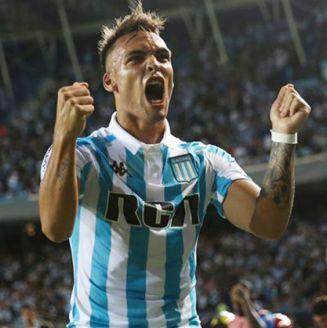 Lautaro Martínez celebra uno de sus goles contra Cruzeiro