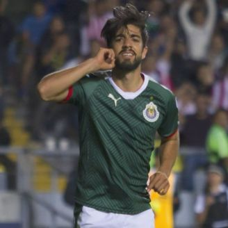 Pizarro festeja doblete contra Monarcas