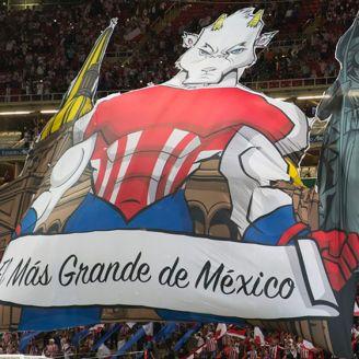 Mosaico de Chivas en las tribunas del Estadio Akron