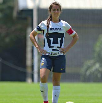 Deneva Cagigas durante el partido contra Pachuca