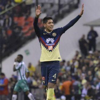 Álvarez festeja gol en el Azteca