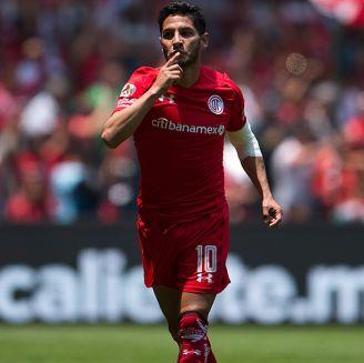 Reyna, tras anotar un gol con Toluca