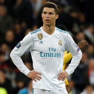 Cristiano se lamenta en un partido con el Real Madrid