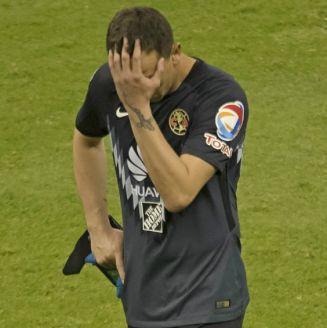 Marchesín se lamenta después del partido