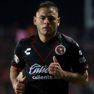 Pablo Aguilar, durante un partido de Xolos