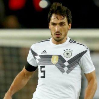 Mats Hummels durante un partido de Alemania