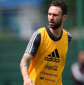 Miguel Layún, en un entrenamiento con la Selección Mexicana