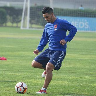 Reyes entrena con la U de Chile