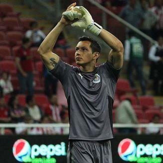 Rodolfo Cota en su último partido con Chivas